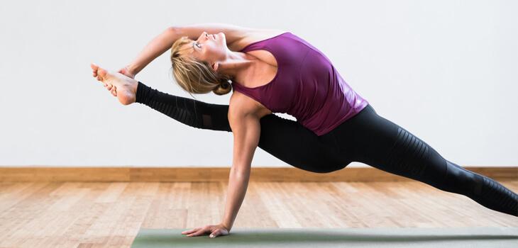 Yoga Ashtanga (Power Yoga) - Giải độc cơ thể và tiêu hao mỡ