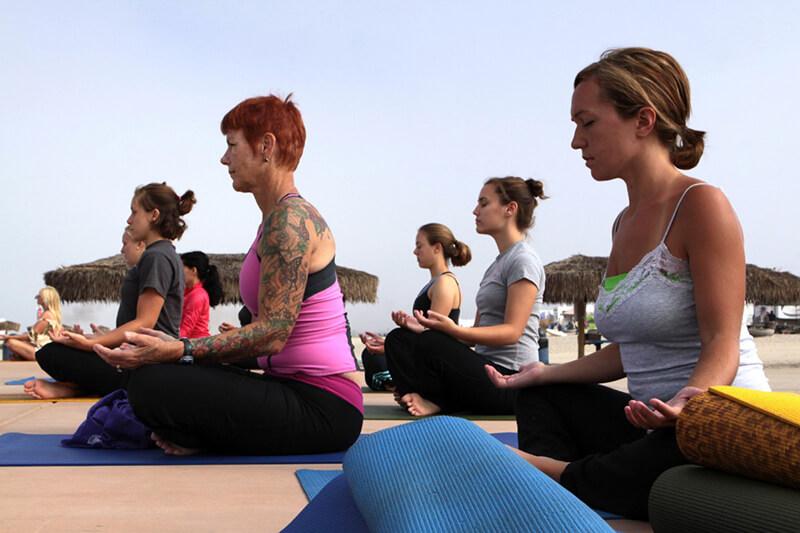 Tập Yoga theo ý thích mà không có kiến thức