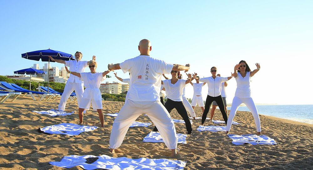 Tìm cho mình mộtgiáo viên Yoga phù hợpvà một lớp học mà bạn yêu thích