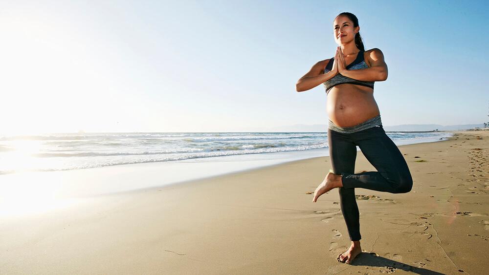 3 lưu ý việc tập yoga trong từng giai đoạn thai kỳ