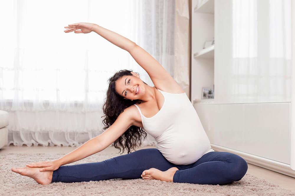 Yoga trước khi sinh vào tam cá nguyệt đầu tiên (3 tháng đầu của thai kỳ): Tập thoải mái nhưng cần bổ sung nhiều nước