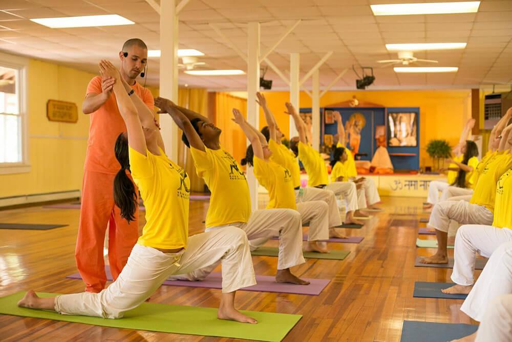 Lợi ích của loại hìnhSivananda Yoga