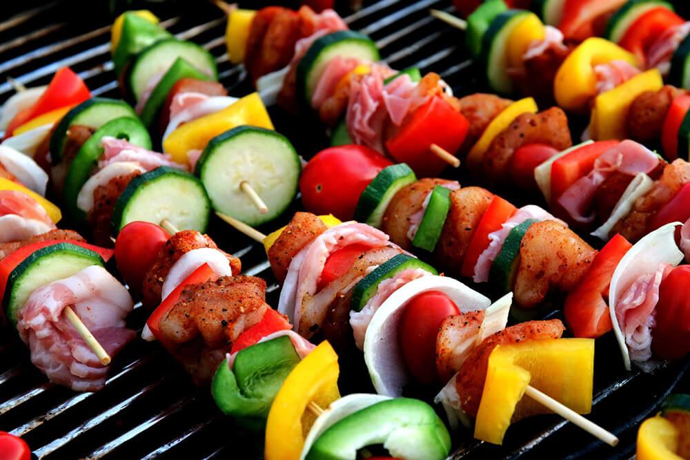 hãy nấu những gì bạn cảm thấy ăn được và theo phong cách của mình, nhưng phải nhớ là các thực phẩm bạn chọn tốt cho sức khỏe và an toàn.
