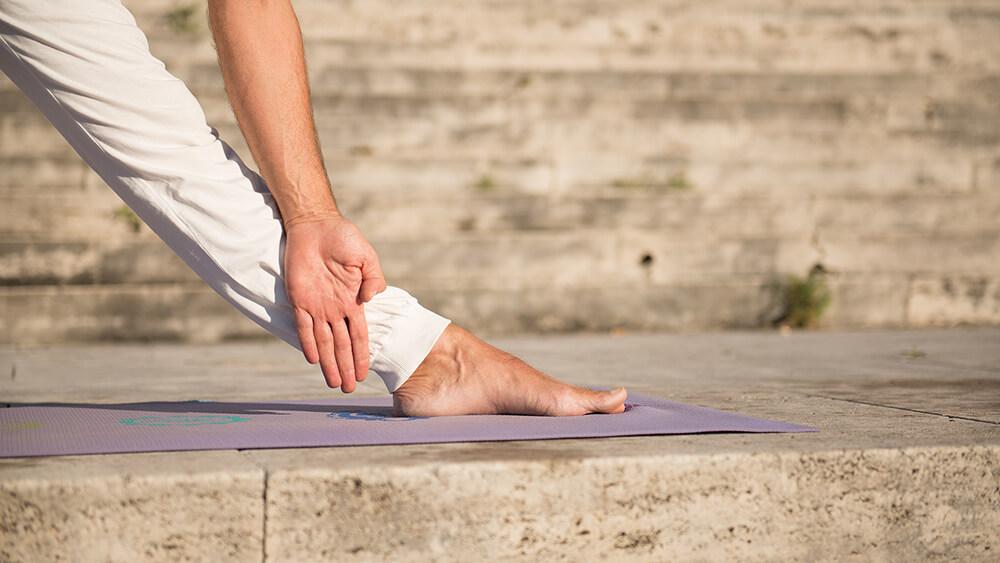 Những gì bạn cần biết vềAnanda Yoga