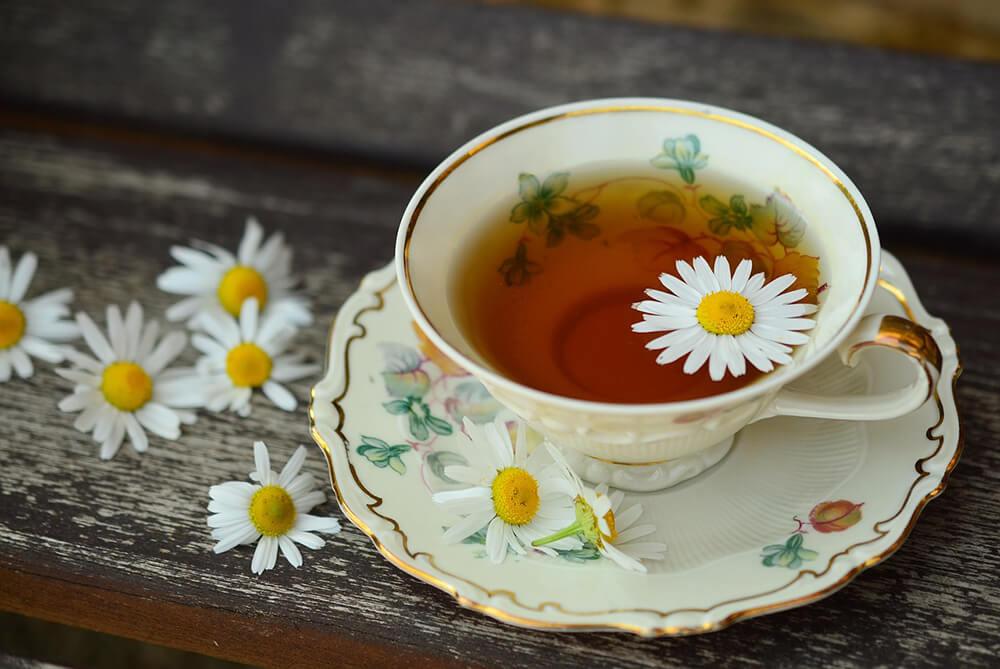 trà xanh là thực phẩm có chất chống oxy hóa, và giúp chống lại stress oxy hóa trong cơ thể