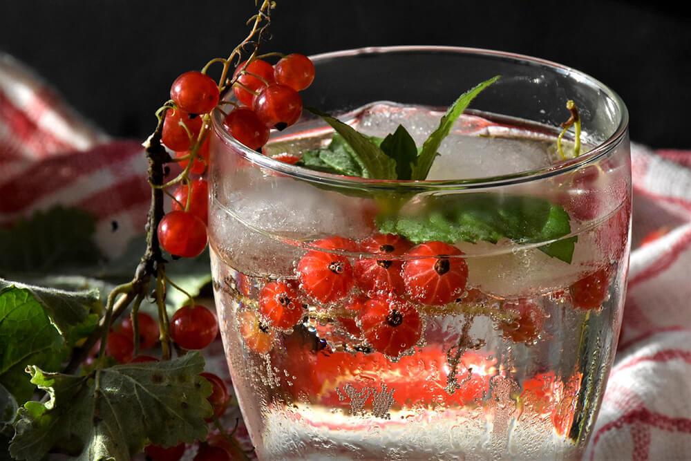 Detox là một loại nước rất tốt cho việc bù đắp nước cho cơ thể